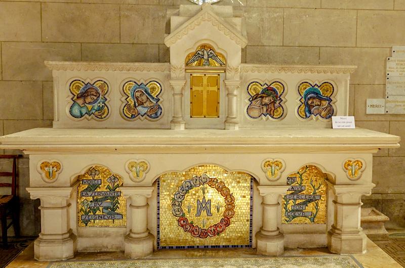 Un autel